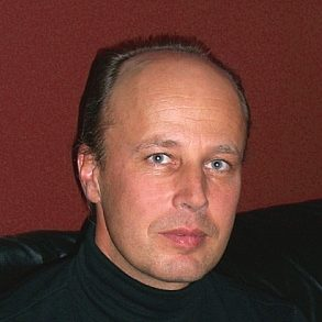 Dr. habil Günter TIESS